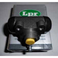 Цилиндр тормозной задний Ф17.46 LPR для Logan