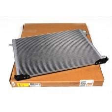 Радиатор кондиционера с 01 для Trafic 2 1.9Dci/2.0 Nrf
