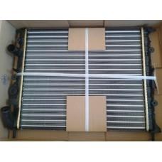 Радиатор основной NISSENS для Logan ф1 без кондиционера