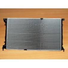 Радиатор основной с конд  для Trafic 2 2.5Dci Valeo