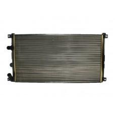 Радиатор основной для Master 2 2.5/3.0 Renault