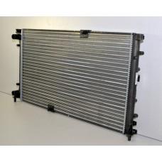 Радиатор основной с конд  для Trafic 2 2.5Dci Renault